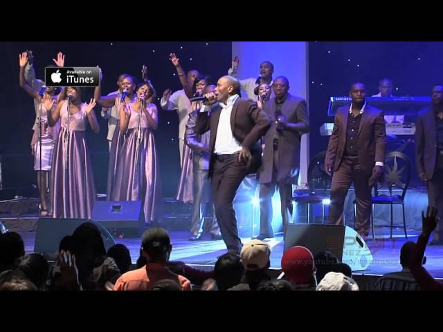 Spirit Of Praise 4 featuring Pastor Neyi Zimu - Clap Your Hands