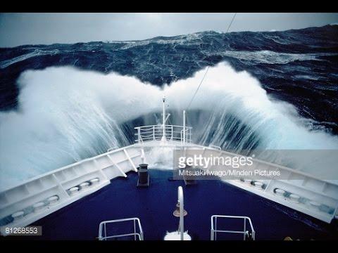 Comandare una nave in tempesta... IMPOSSIBILE 🌊🚢