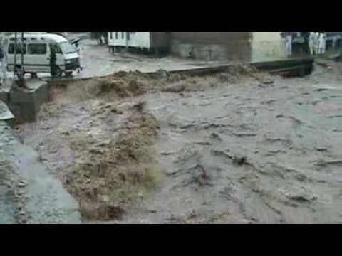 One million affected as Pakistan floods kill 800