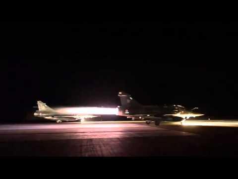 Francia lanza un bombardeo masivo sobre posiciones del EI en Siria