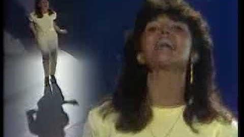 Mona Carita - Me emme laske viiteen (Fame) 1983
