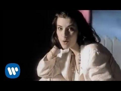 Laura Pausini - Gente (Official Video)