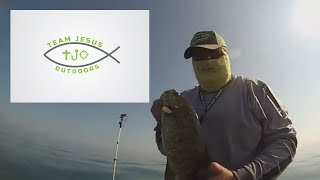 Locating Mid Summer Smallmouth Bass and Muskie on Lake St  Clair ft.  FLW Pro Jimmy Houston