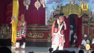 Download Video Duet Pelawak Senior Gangsar - Dadab (Pura Bale Agung Subagan - Karangasem) MP3 3GP MP4
