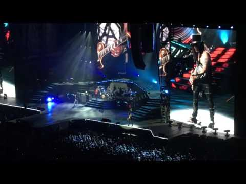 "Guns N' Roses – ""Sweet Child O' Mine"" – St. Louis, MO 7/27/17"