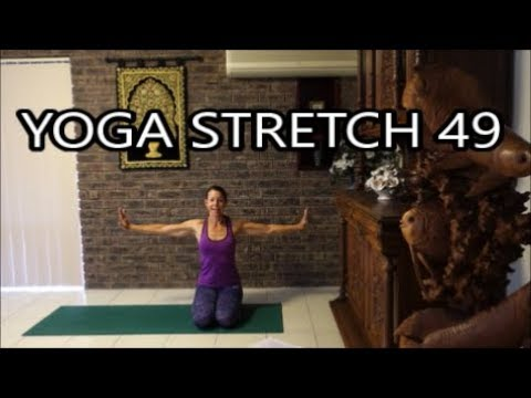 "Yoga Stretch 49 ""Link Movement with Breath"" with Katy Mair"