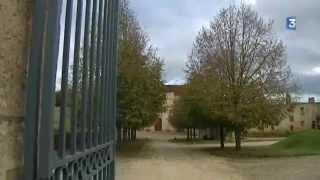 PAYSAGES : l'abbaye de Fontmorigny dans le Cher