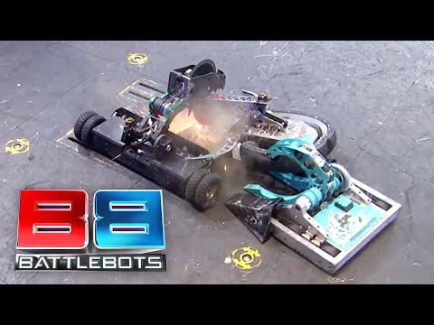 BattleBots Season 2 Exhibition Rumble - The Battle of MIT: Overhaul vs. SawBlaze vs. Road Rash