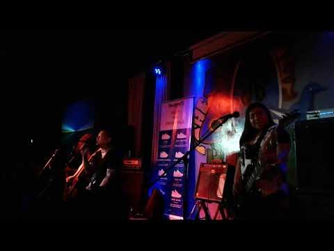 Urbandub - Gravity | LIVE @ The 70's Bistro