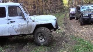Видео по бездорожью на нивах и уазах