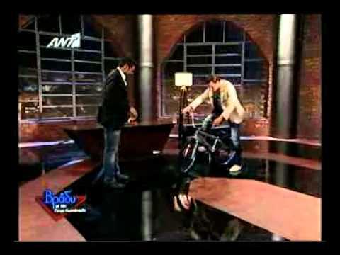 Gossip-tv.gr Φραγκολιάς Χειμωνέτος - Κόντρα με ποδήλατο