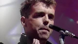 Pet Shop Boys - Suburbia (TOTP 02 10 86)