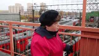 Железнодорожная платформа в Лобне рушится под ногами пассажиров