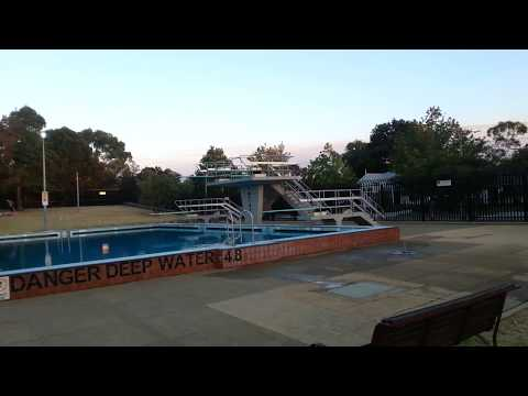 MELBOURNE - CARNEGIE OUTDOOR SWIM CENTRE