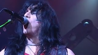 Twisted Sister - We're Not Gonna Take It (A Twisted Christmas Live)
