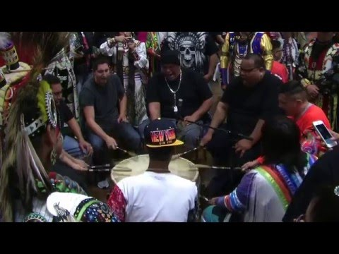 Midnite Express - Intertribal Song - Choctaw PowWow