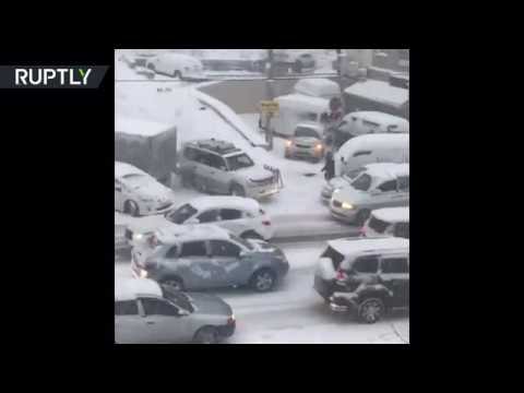 Free Wheel Against Will: Drivers fail to descent slippery slope in Russia