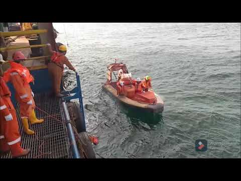 FALCON FORCE ACCOMODATION WORK BARGE LAUNCHING RESCUE BOAT, MAN OVERBOARD & MEDEVAC DRILL