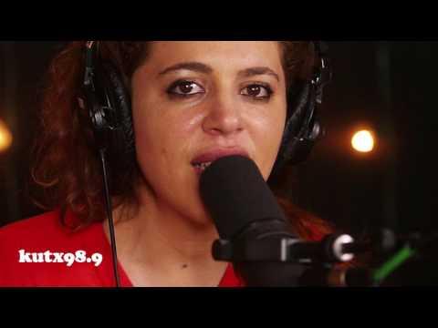 Luisa Maita - Around You