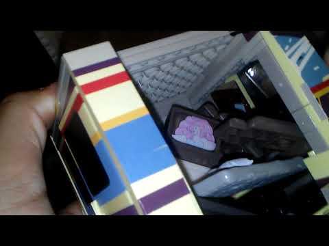 Mr. Universe van toy review