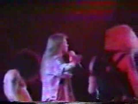 Guns N' Roses – Coma