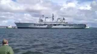 HMS Illustrious Aircraft Carrier coming into Dublin Port