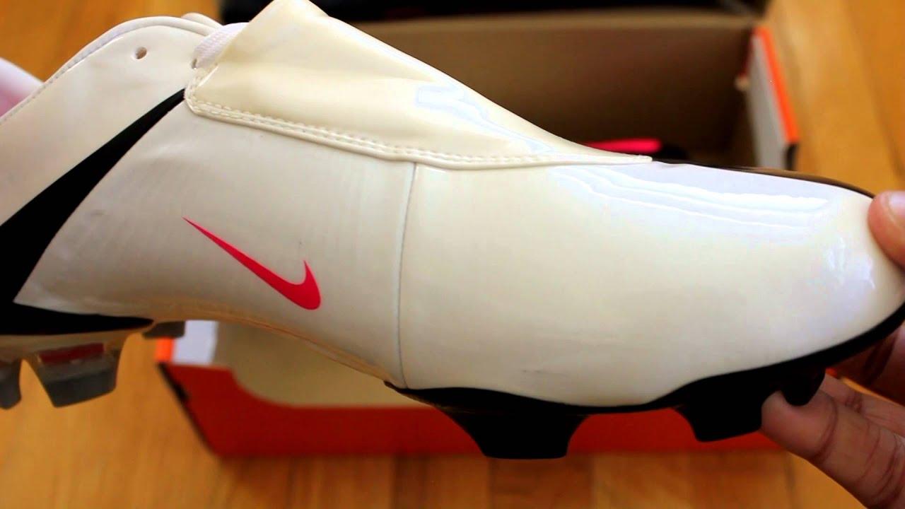 RETRO UNBOXING: Nike Mercurial Vapor V FG White/Black/Pink ...