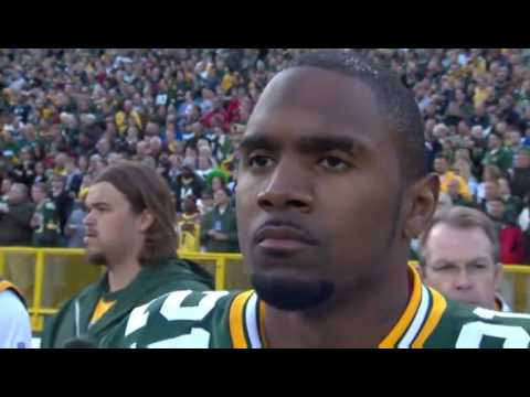 Green Bay Packers CB Charles Woodson Wins Defensive Player of the Year