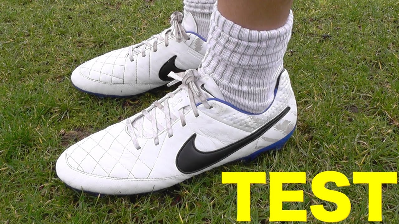 TEST: Nike Tiempo Legend V FG Reflective | JEROME BOATENG BOOTS - YouTube