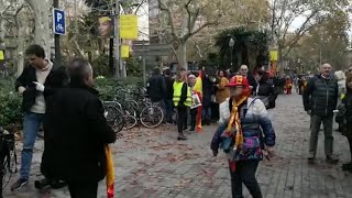 Los manifestantes constitucionalistas de Barcelona empiezan a llegar a la movilización