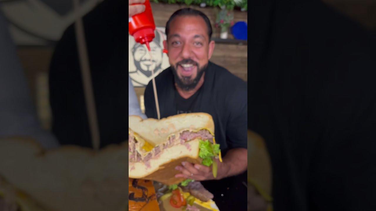 Largest Burger 🍔