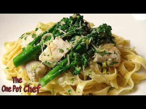 Creamy Chicken and Leek Fettuccine | One Pot Chef