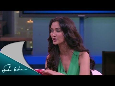 Sarah Sechan Guest - Atiqah Hasiholan