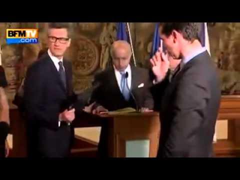 #France - Le Ministre des AE Laurent Fabius bourré comme un âne LOL