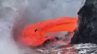 Amazing Footage of Lava Entering the Ocean