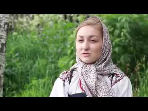 Гипнотический язык: Девушка рассказывает сказку на северорусском говоре