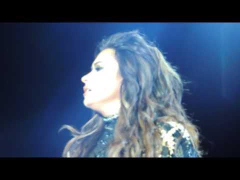 Demi Lovato - My Love Is Like a Star - 07.01.2017 - Villa Mix Goiânia