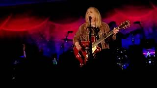 Wild and Lonely - Melissa Etheridge (Live in HD with Lyrics) 2019