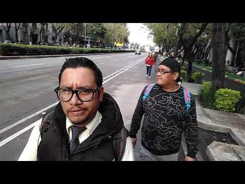 Desfile de las catrinas con Victor Rojas 1(1)