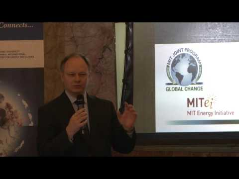 "Prof. Sergey Paltsev's (MITei) talk on ""Economics and Geopolitics of Natural Gas"""