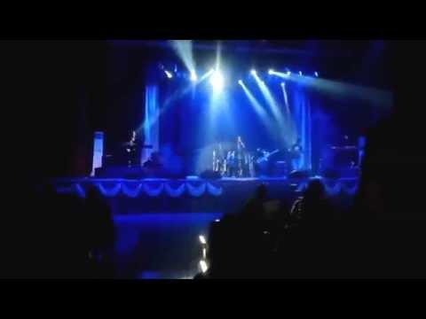 Konsert Legenda Rock Labuan 2014 - EYE Bimbang Serumpun Kasih Terbuang.