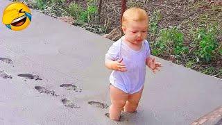 Смешные видео 2020 ● Смешные дети - смешные моменты из жизни детей / Funny Baby Trouble Videos #1