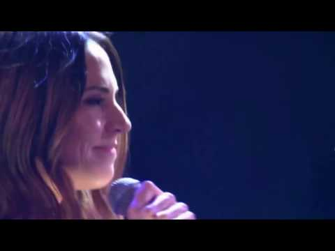 Melanie C - Never Be The Same Again (Live At Professional Footballers Association Awards 2017)