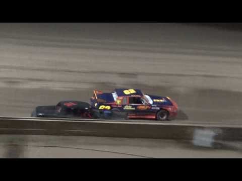 Street Stock Heat Race #4 at Crystal Motor Speedway, Michigan on 09-02-2017!!