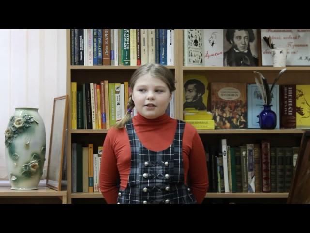 Изображение предпросмотра прочтения – АнастасияШорина читает произведение «Белая береза» С.А.Есенина