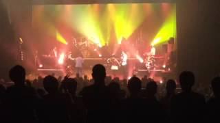 Final du concert Fugain & Pluribus - Viva la vida