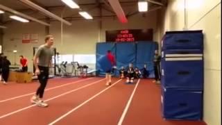 Павел Кулижников. Прыжок в высоту на 180 см с места!