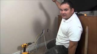 كيفية نقل مأخذ كهربائي وراء التلفزيون - تركيب التلفزيون على الجدار جزء 2