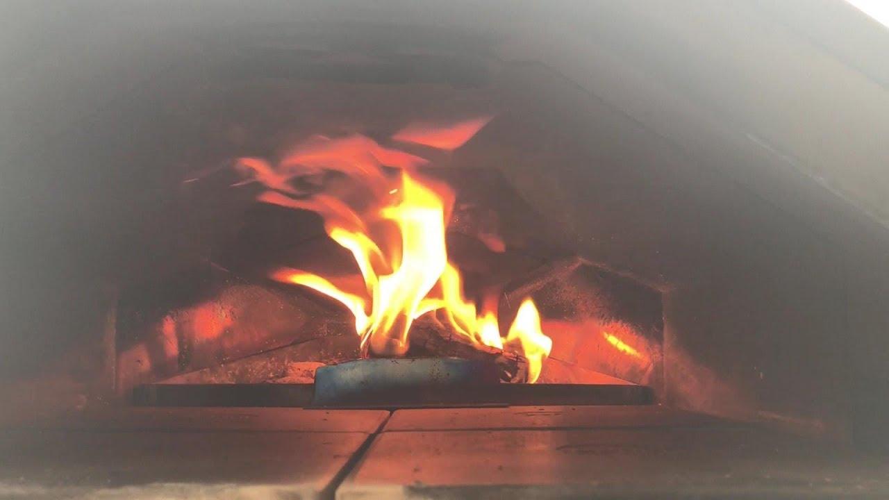 Weber Holzkohlegrill Anfeuern : Holzkohlegrill anzünden u so geht es richtig grilljack