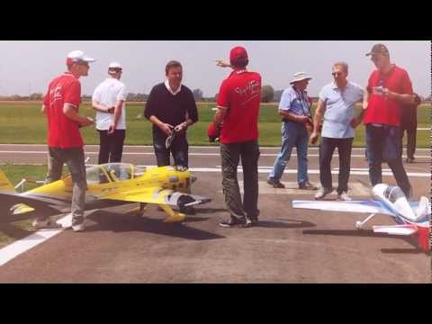 FlightTech - Ozzano Radio Model Show - Italy 2012 [HD]